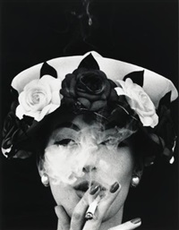 hat + five roses, paris (vogue) by william klein