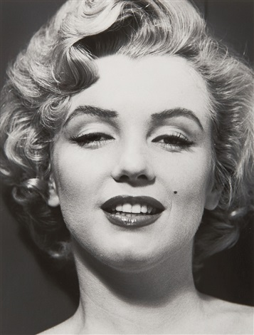 portrait of marilyn by philippe halsman