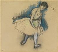 danseuse debout by edgar degas
