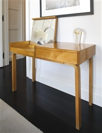 dressing table by alvar aalto