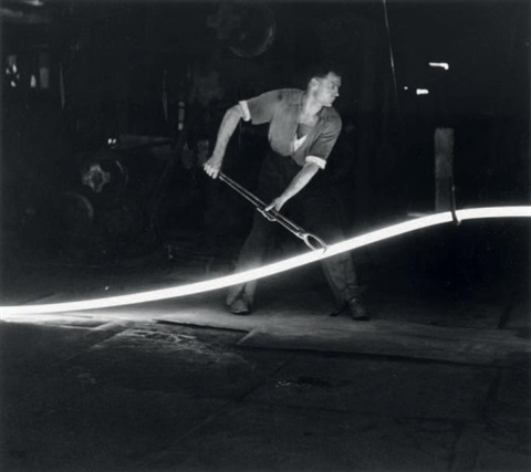 le serpent de feu by robert doisneau
