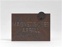 magnetische postkarte (magnetischer abfall) by joseph beuys