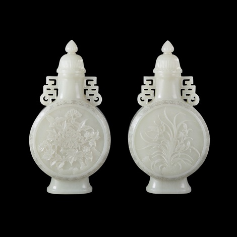 a pair of qing white jade bird and flower pattern flat vase