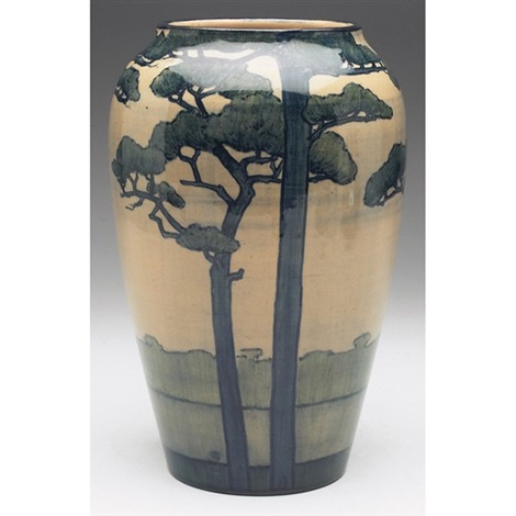 vase executed by amelie roman by newcomb college pottery