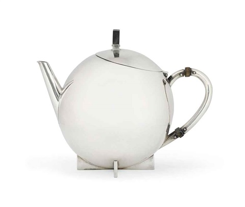 tea infuser by marianne brandt