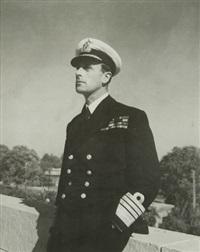 lord louis mountbatten - commandant en chef de l'asie du sud-est. janvier by cecil beaton