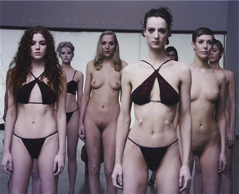 vb35141vb by vanessa beecroft