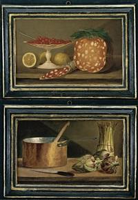 natura morta con mortadella, fragoline di bosco su un'alzata, un salame e limoni (+ natura morta con asparagi, carciofi, un coltello ed un tegame di rame; pair) by de giacomi