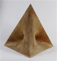 pyramide by beat bühler