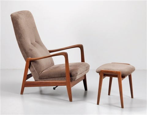 Incroyable A High Back Chair With An Ottoman By Gio Ponti