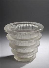 vase chevreuse by rené lalique