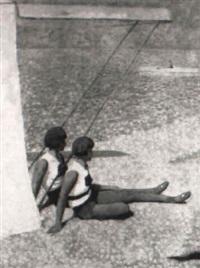 tweeling aan het strand by cornelis kloos