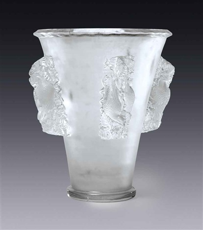 saint emilion vase by rené lalique