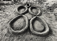 sandwomen, miami by ana mendieta