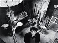 alberto giacometti dans son atelier, paris by robert doisneau