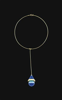 necklace by robert venturi