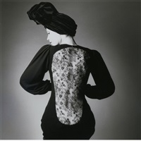 robe de yves saint laurent, for vogue by jeanloup sieff