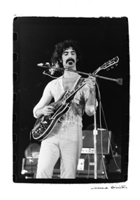 frank zappa, concert de frank zappa & the mothers of invention by michel ginies