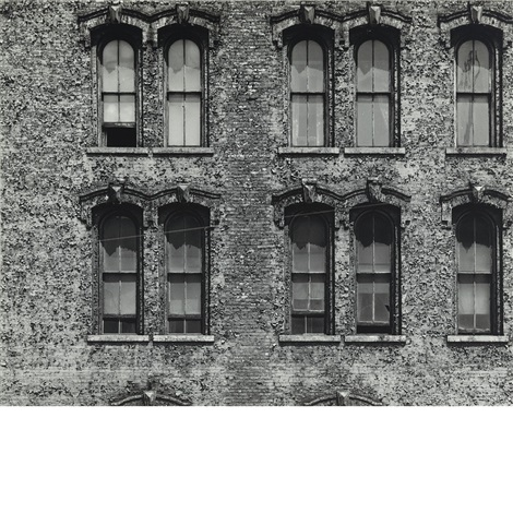 chicago facade 9 by aaron siskind