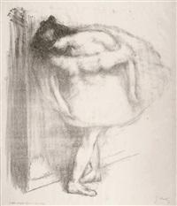 la danseuse accotée à un portant by gustave leheutre