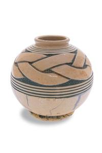 vase by geo conde