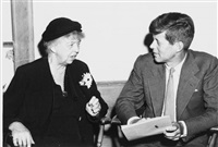 eleanor roosevelt, und john f. kennedy (+ begräbnis von eleanor roosevelt, hyde park new york, jackie, j.f.k., l.b.j., h.s.truman. 10. november 1962; 2 works) by manfred kreiner