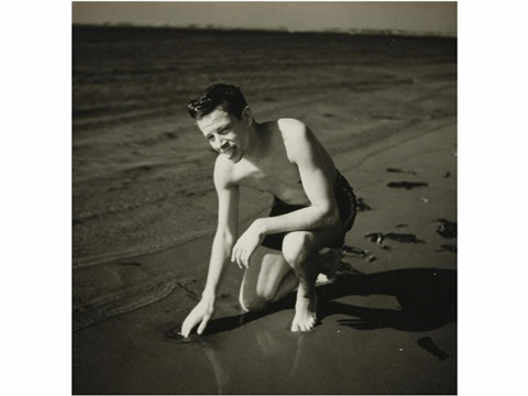 en la playa by weegee