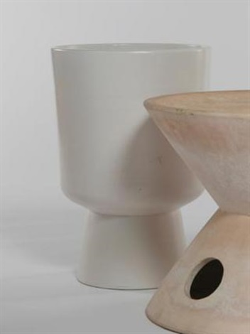 footed planter (l-20) by malcolm leland