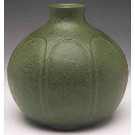 vase by grueby