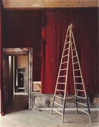 salle d'introduction aux galeries historiques, versailles by robert polidori
