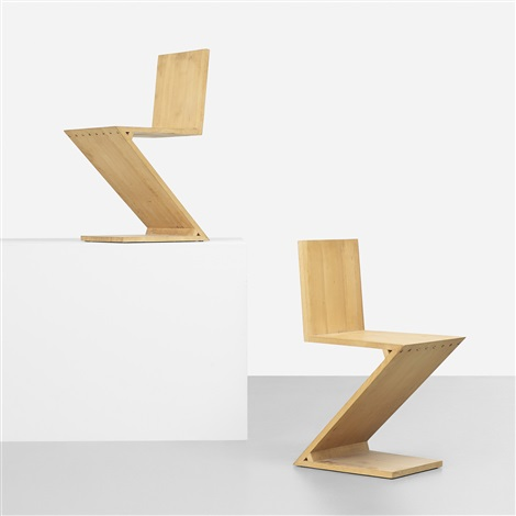 Zig Zag Chair By Gerrit Rietveld