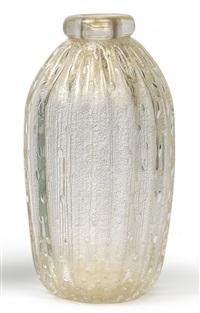 vase (designed by alberto baria?) by ferro murano