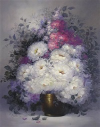 floral still life in a gold pot by victor santos
