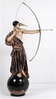arquero vestido by jorge marín