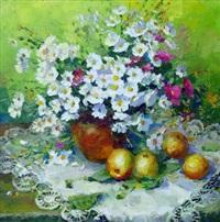 still life with apples by yuri kuchinov