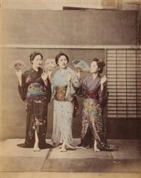 trois femmes avec éventail, homme à l'ombrelle, tokyo, trois femmes en studio (5 works) by raimund von (baron) stillfried-rathenitz