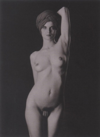 yvette nu féminin by thomas karsten