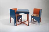 kindertisch mit zwei stühlen (set of 3) by frits spanjaard