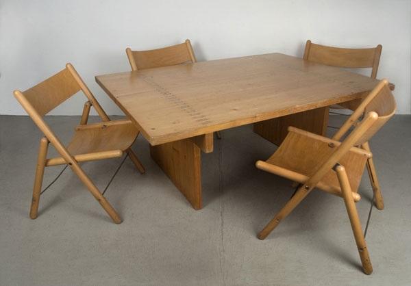 tisch mit vier stühlen set of 5 by otl aicher