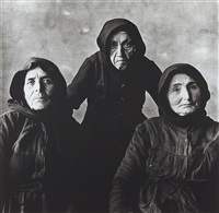 three cretan women (without rope), september by irving penn