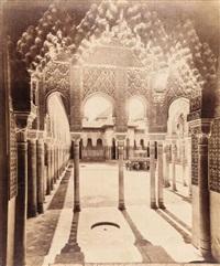 espagne. granada. alhambra. el patio de los leones desde la puerta de entrada by rafael garzon