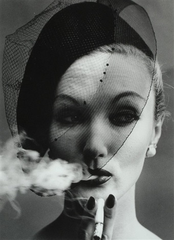 smoke and veil paris vogue by william klein