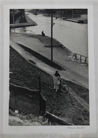 couple au vélo by edouard boubat