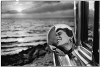 california kiss, santa monica,1955 by elliott erwitt