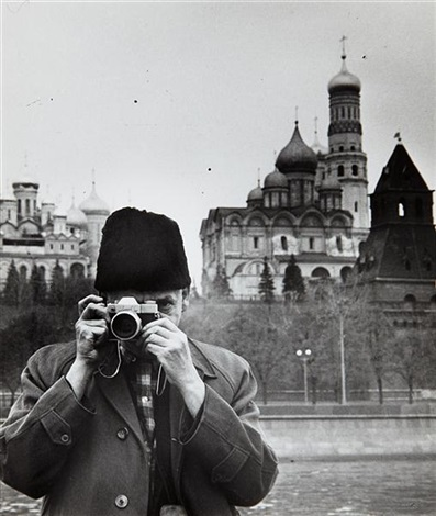 self portrait in moscow by weegee