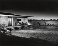 architect blaine drake's backyard, phoenix, arizona by julius shulman