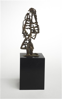 personnage triangulaire by germaine richier