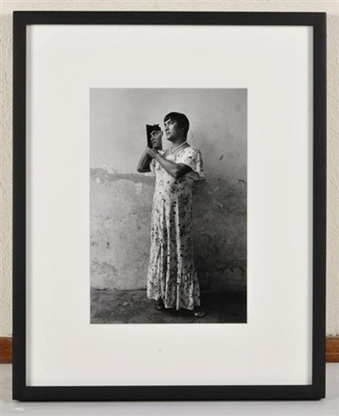 magnolia by graciela iturbide