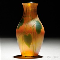 favrile vase by tiffany studios