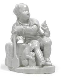 knabe sitzt auf emballage gelehnt und hält ruder in der hand by augarten